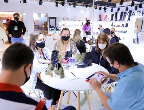 Zero Grau se torna modelo nos setores de calçados e de eventos por ser a primeira feira presencial em 2020 que trouxe negócios, turismo e segurança sanitária