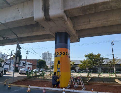 CFC Valderez traz arte para pilastras do Trensurb